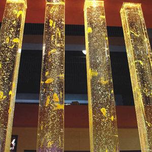 Glass pillars