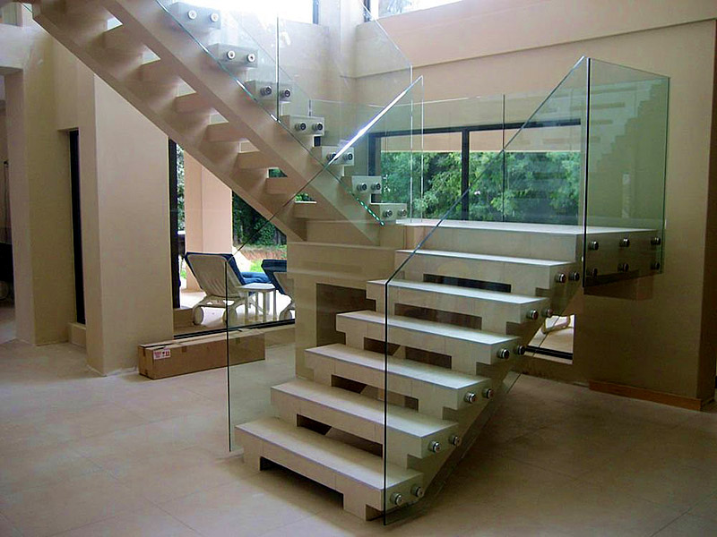 Frameless glass railing